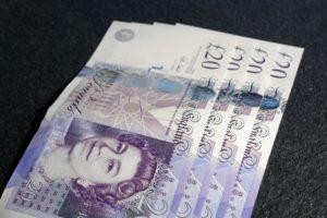 £20 pound notes